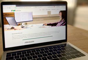 Der Online-Fragebogen von JOBinklusive auf einem Laptop-Bildschirm. Foto: LWL