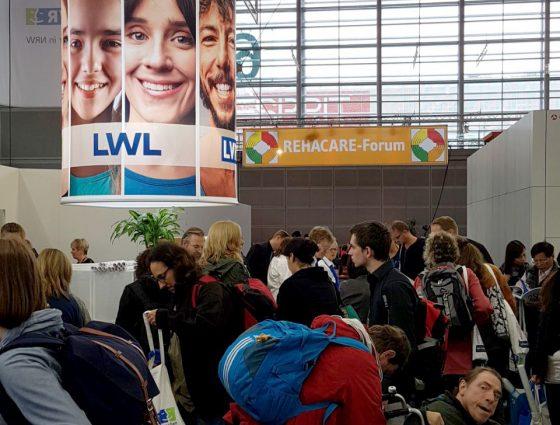 RehaCare 2017: Der gemeinsame Messestand von LWL und LVR. Foto: Bastian Everding