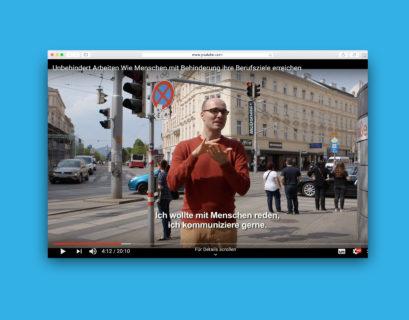 Screenshot eines Film-Ausschnitts auf YouTube: Sreco Dolanc erklärt in Gebärdensprache seinen Berufsweg.